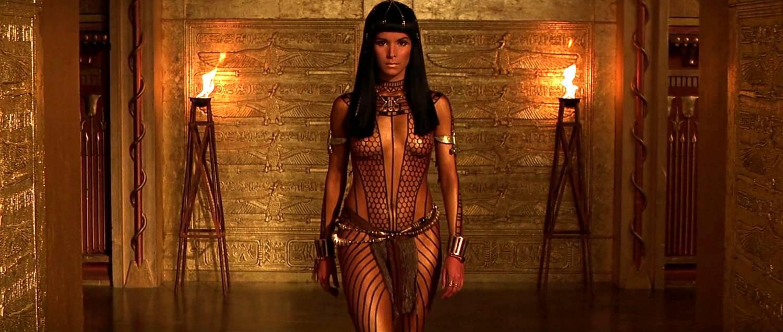 Фото девушки из мумии