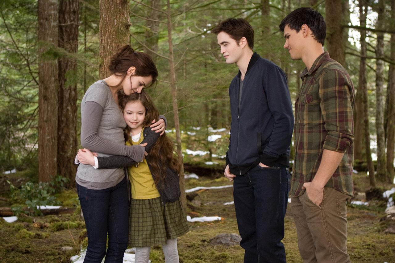 Twilight saga breaking dawn part 2 photos The Twilight Saga: Breaking Dawn - Part 2 Photos with Bella