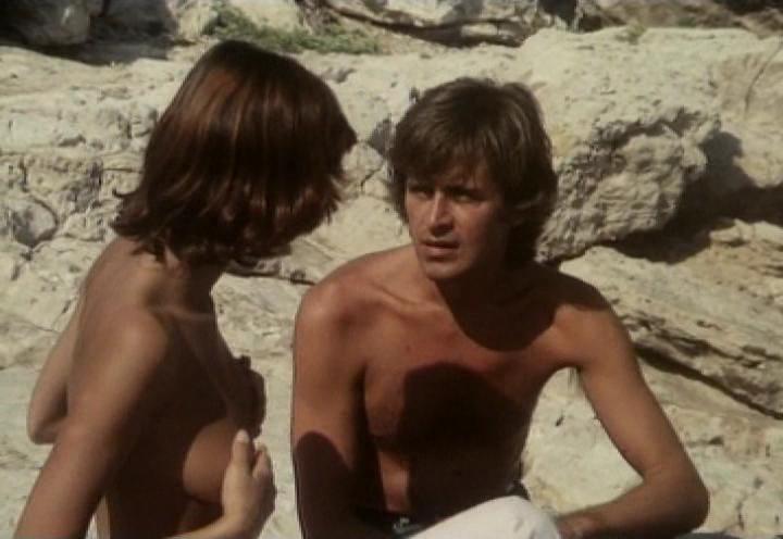 pokazat-eroticheskiy-film-grecheskaya-smokovnitsa