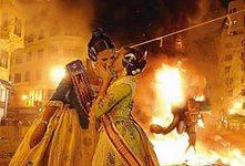 Fallas - весенний праздник огня